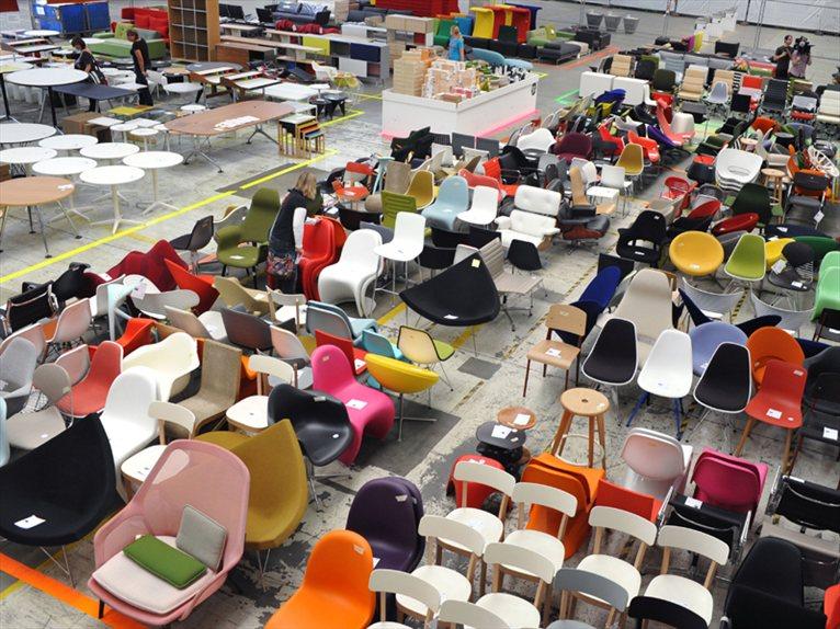 vitra factory sale 2012. Black Bedroom Furniture Sets. Home Design Ideas