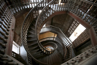 The 8 Most Extraordinary Spiral Staircases Found Around