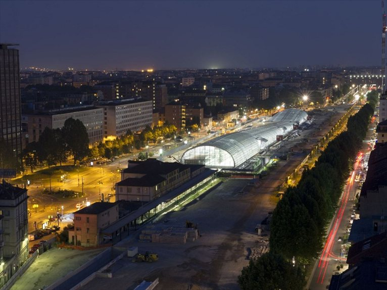 The new porta susa railway station in turin has been for Designhotel turin