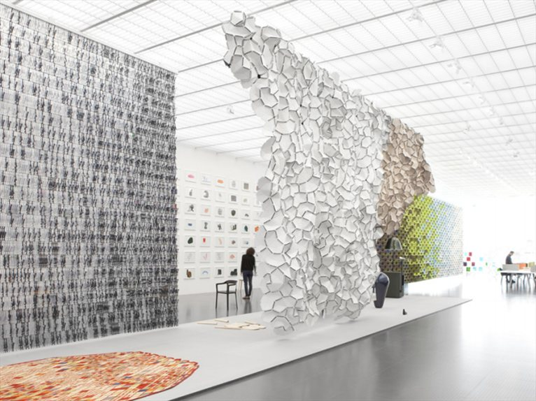 bivouac exhibition by ronan erwan bouroullec. Black Bedroom Furniture Sets. Home Design Ideas