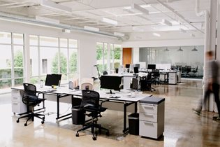 How to Design a Functional and Empowering Office Space