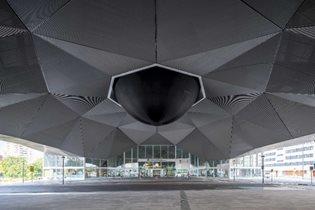 Urban Artist 'SpY' Installs a Black Sphere for the international Festival of Architecture CONCÉNTRICO 07