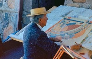 Interior Design Lessons from Frank Lloyd Wright